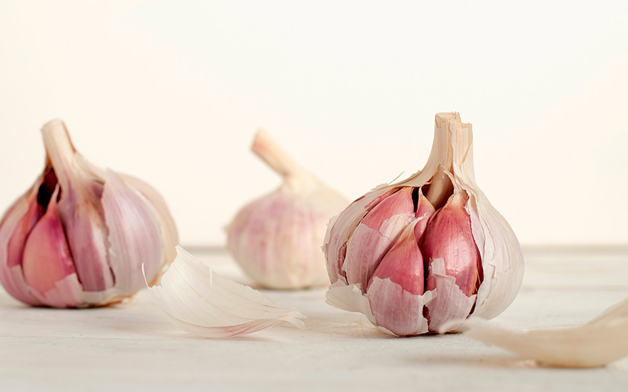 Garlic-healthy-food