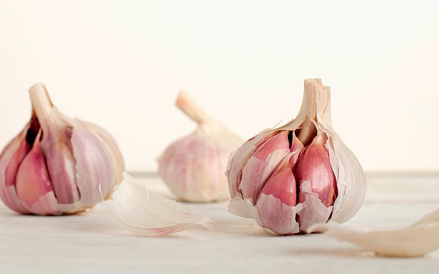 Garlic-healthy-food